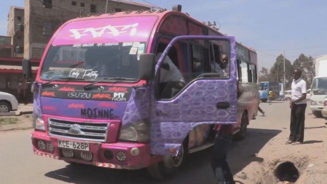 Bus mit Style: Cool reisen mit dem Matatu in Kenia